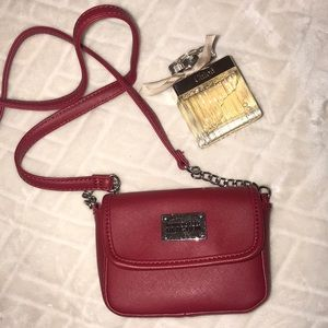 Red crossbody bag Kenneth Cole